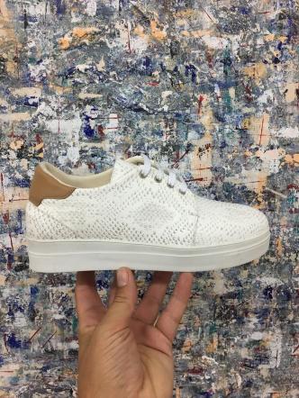 sneakers3
